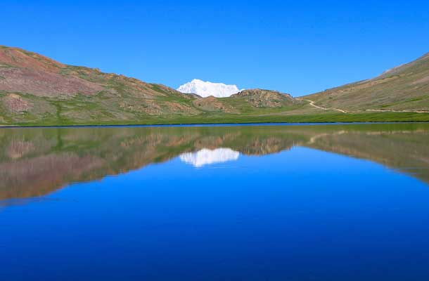 Sheosar lake with clear skies