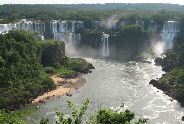 Paraná River with waterfalls in background