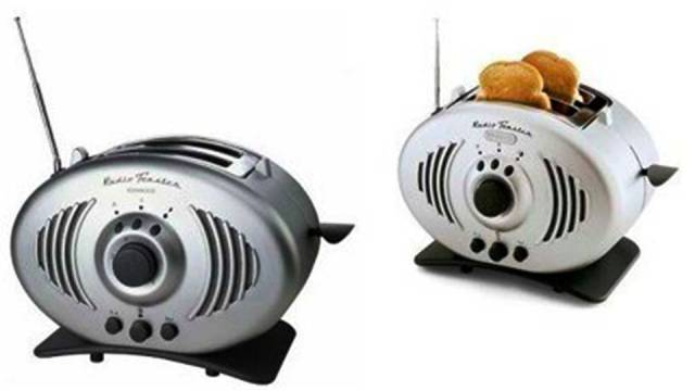Radio and Toaster in One