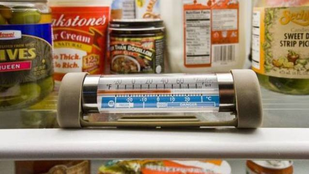 Be mindful of the temperature levels of your refrigerator and freezer