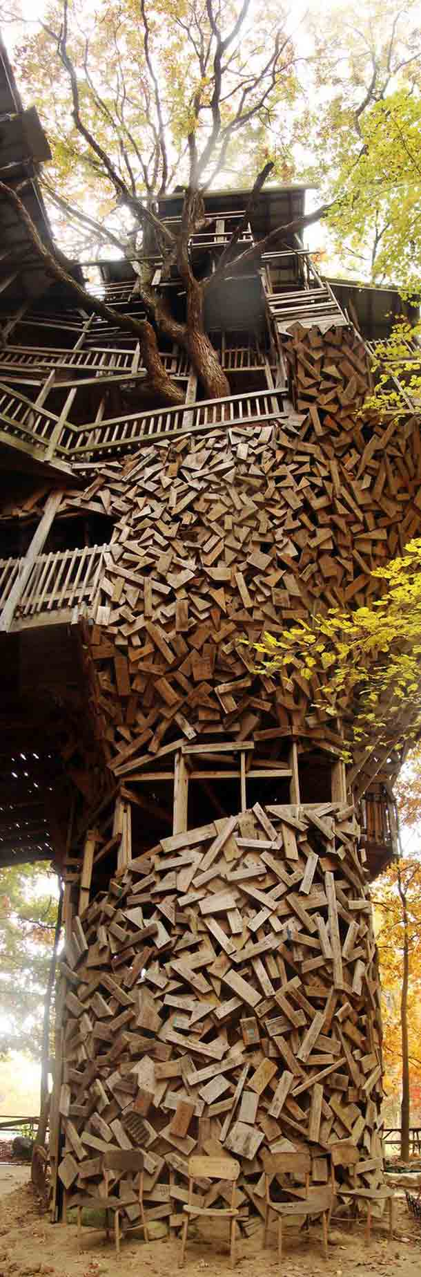 towreing treehouse