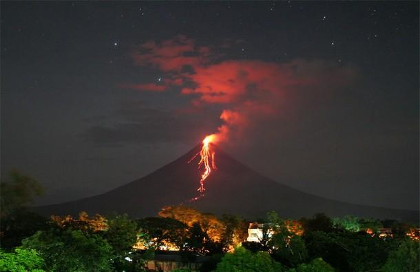 23 Mayon, the Philippines_tn