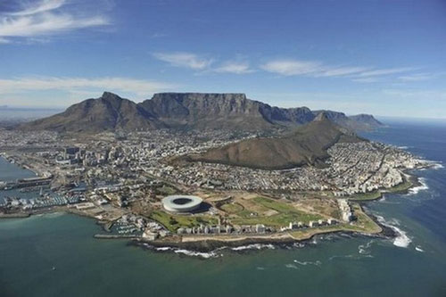 Cape-Town-Stadium-Cape-Town-South-Africa_tn
