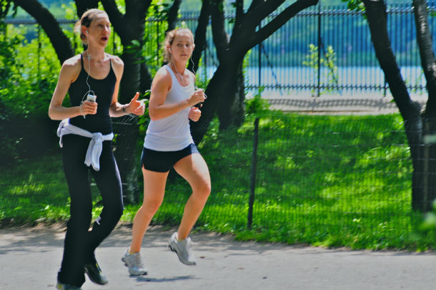 Jogging_with_our_iPhones
