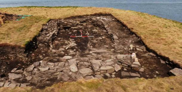 Pict House in Scotland 6820 – 6660 BC