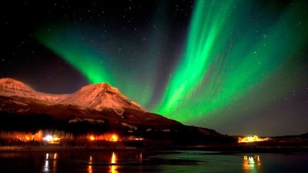 nexttriptourism.com Seeing-the-Northern-Lights-for-a-romantic-572x322