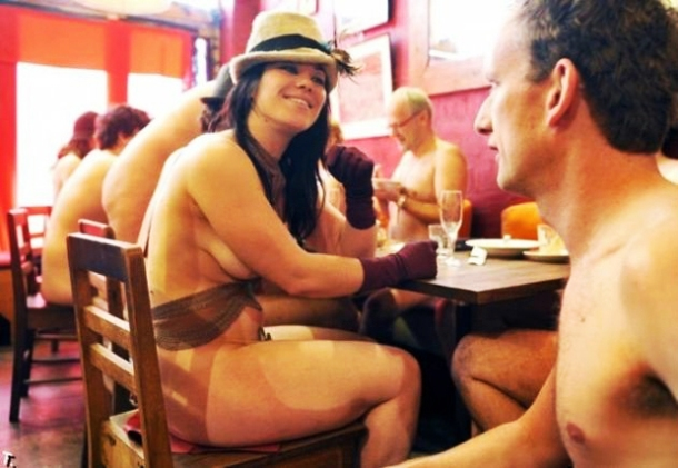 www.stationhype.com Clothing-Optional-Dinners-Manhattan