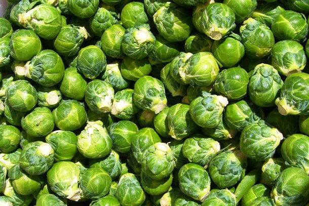 dishbydish.net brussel-sprouts-with-mushrooms-almonds17-e1345729581635