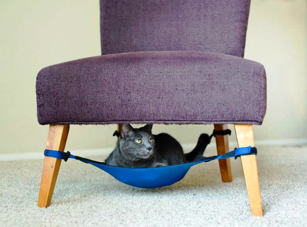 thedesignhome.com kitty-cradle-cat-hammock-1