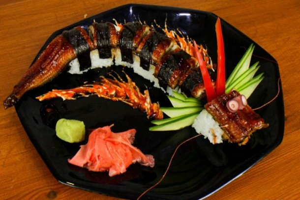 www.foodlve.com how-to-cook-a-amazing-dragon-sushi-roll-62941436294143