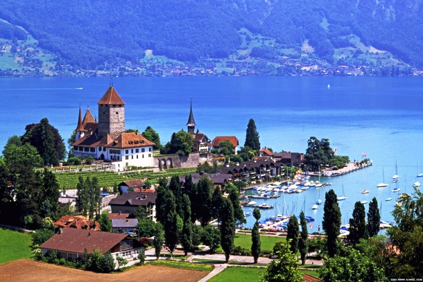 www.ealuxe.com Most-Peaceful-Countries-in-the-World-Top-10-Switzerland
