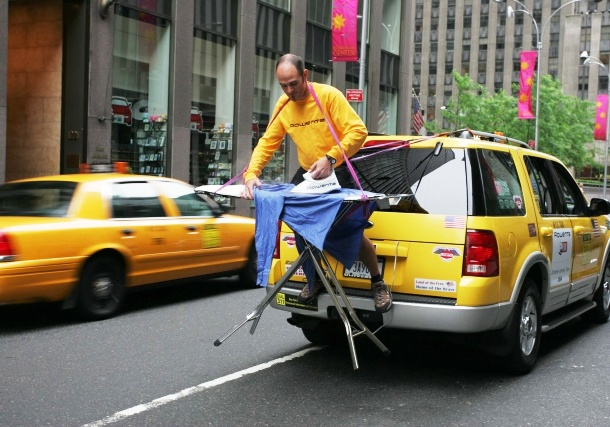 www.urbasm.com extreme-ironing-taxi
