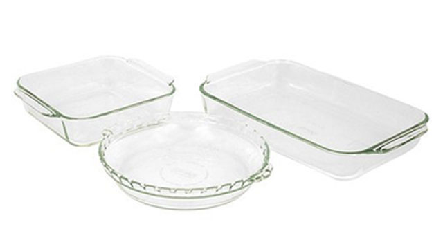 Get Rid Of Stains On Your Glass Bakeware