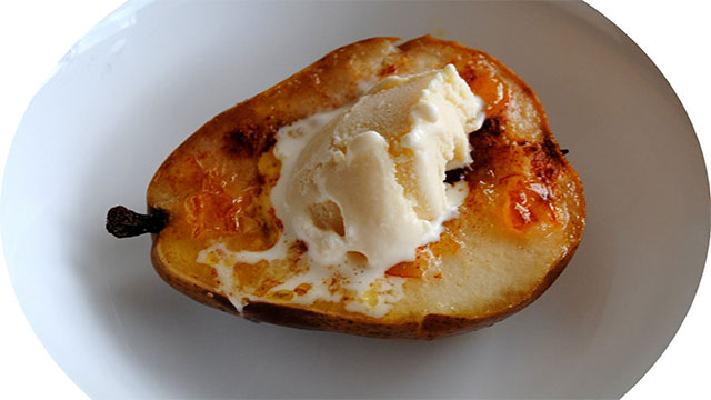 Pear with Blue Cheese Ice Cream