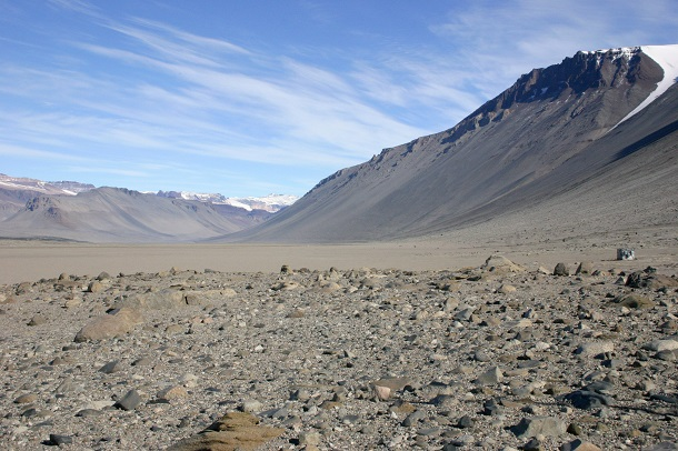 Wright_Valley_From_Bull_Pass - mcmurdo dry valley
