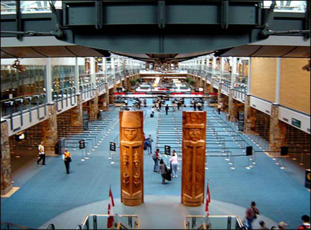11 Vancouver_Airport
