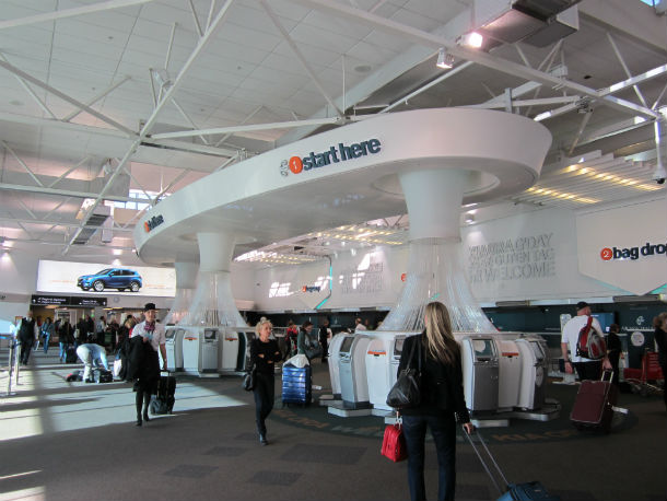 15 Auckland_Airport