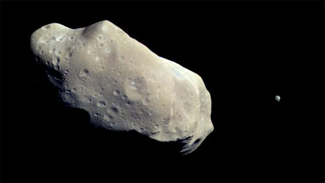 Most of the gold in Earth's crust was put there by asteroid strikes