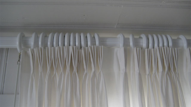 Opening the shower curtain at both ends will allow for better air flow and a cleaner shower
