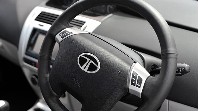 On hot days, turn your steering wheel around 180 degrees whenever you park so that the top isn't hot when you come back