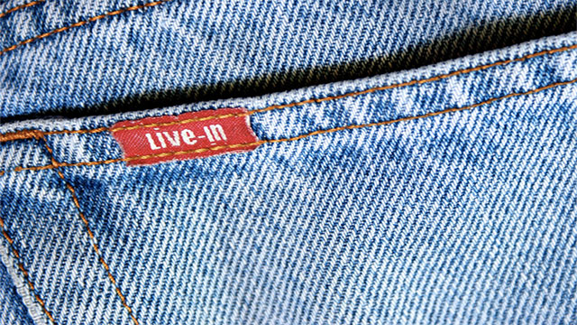It is possible to sharpen your razor by running it along the length of an old pair of denim jeans