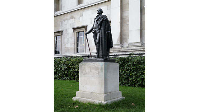 A statue of George Washington in Trafalgar Square stands on soil that was imported from the US in order to honor is promise never to step foot on British soil again