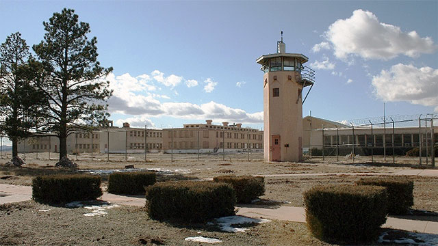 Guards at New Mexico State Penitentiary would label uncooperative prisoners as snitches which would lead other prisoners to abuse and beat them