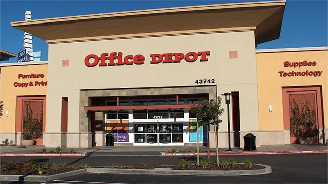An inmate in California once managed to smuggle 3 jumbo binder rings and two boxes of staples in his rectum. It earned him the nickname of OD (Office Depot)
