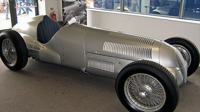 A Mercedes Benz W125 achieved one of the fastest recorded speeds on the German Autobahn at 432kph (268mph). The year was 1938.