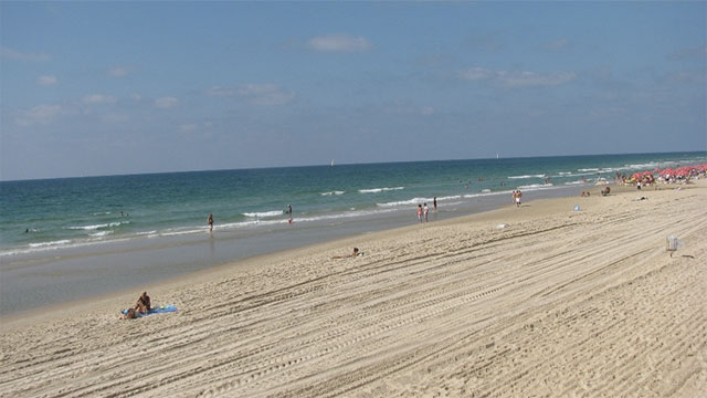Israel has 137 beaches but only 273 km of coastline