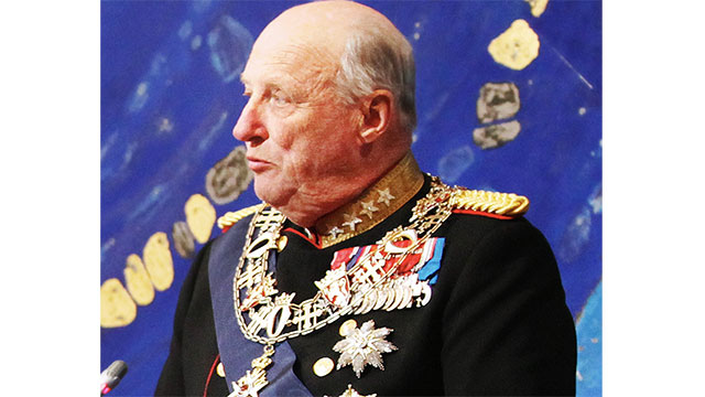 King Harald of Norway (still King as of this writing) made a vow to remain single unless he could marry Sonja Haraldsen, the daughter of a clothing merchant. She eventually became queen.