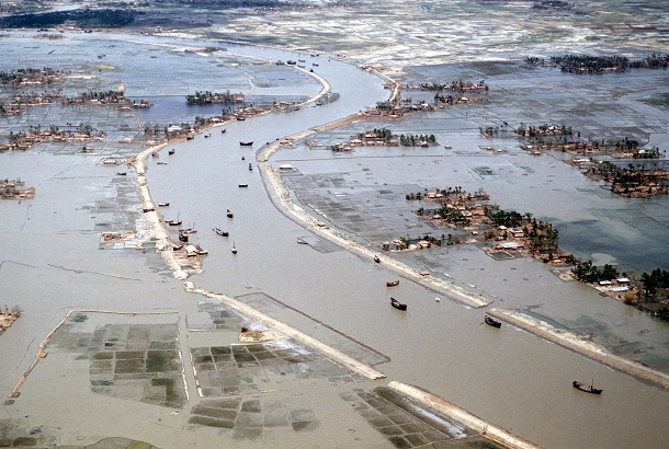 Flooding_after_1991_cyclone