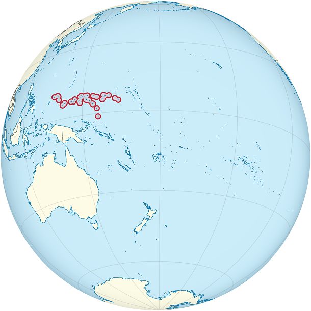 Micronesia_on_the_globe_(small_islands_magnified)_(Polynesia_centered)