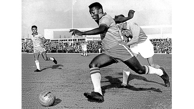 In 1967, two warring sides in the Nigerian Civil War declared a 48 hour cease fire so that they could watch Brazilian legend Pelé play