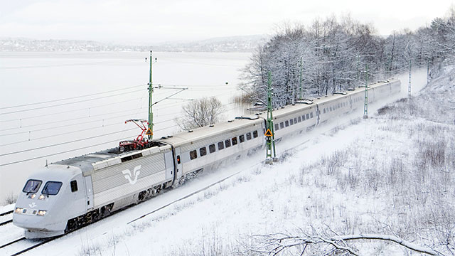 Swedish ore trains generate 5 times the amount of electricity they use up as they travel down the coast. The extra energy is used to power nearby towns