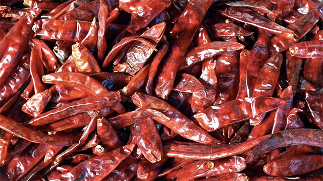 Chili peppers contain 400% more vitamin C per serving than oranges