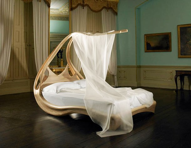Enigma bed
