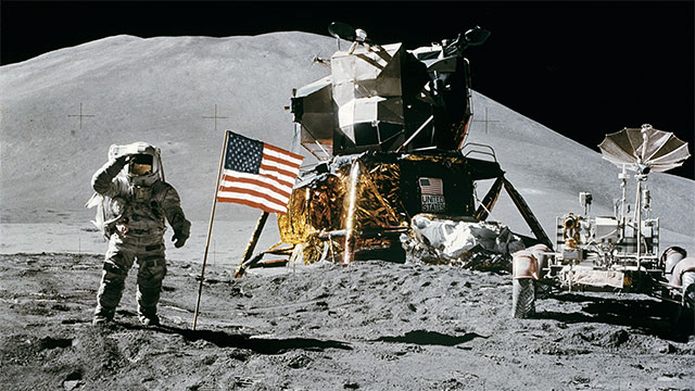 Did you hear about the new restaurant on the moon?
