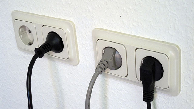 If it is fully charged once per day, the iPhone consumes 25 cents of electricity annually