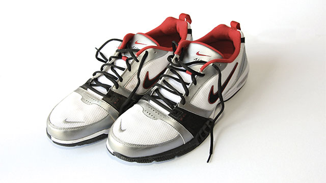 If you ever witness a robbery, look at the shoes. Robbers will usually change their shirts, pants, hats, etc. The shoes, however, tend to stay.