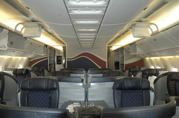 American_Airlines_777-200ER_First_Class