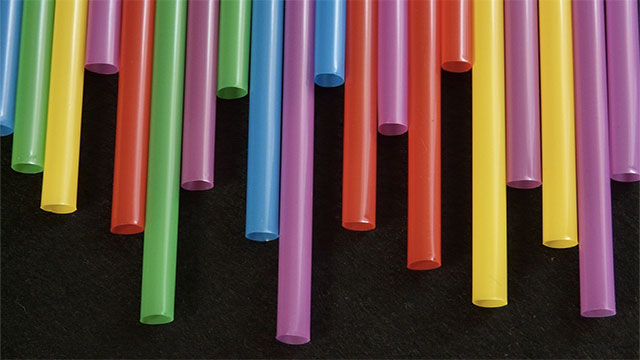 """Fernando Patolsky, an Israeli chemist, invented a """"date rape straw"""". It changes color when you put it in a drink containing date rape drugs."""