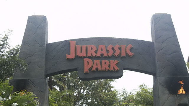 Bring dinosaurs back to life