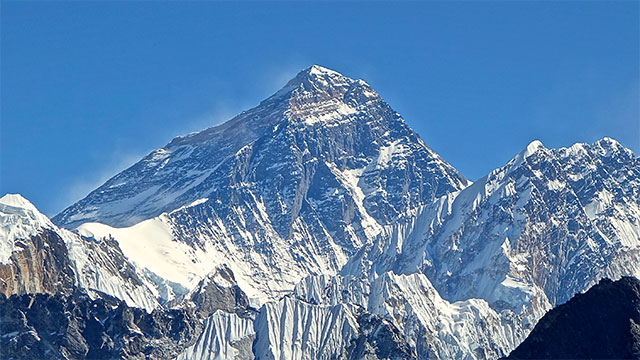 Full signal on top of Mount Everest but zero bars in the underground