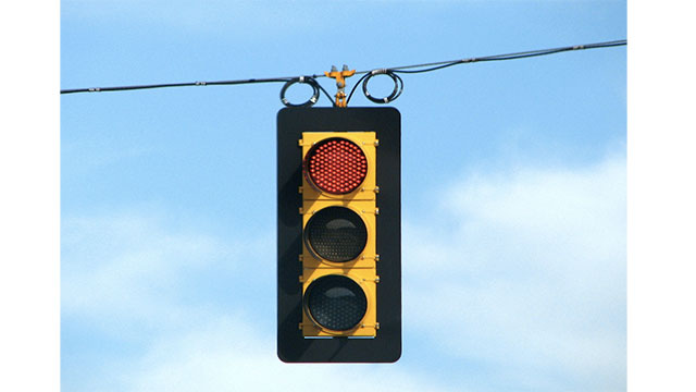 Traffic lights turning red even when there's no traffic