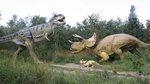 Image illustrating the dumb joke of why dinosaurs can't clap