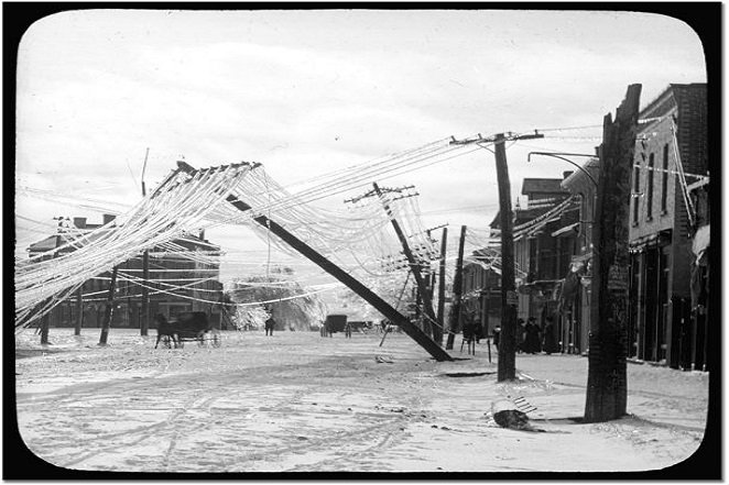 ice_storm-commons.wikimedia.org_