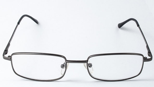 Replacing the tiny screws on your glasses