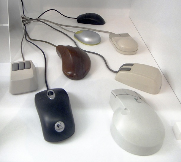 Assorted_computer_mice