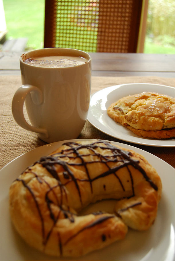 coffee and treat